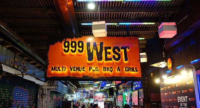 999WESTの写真